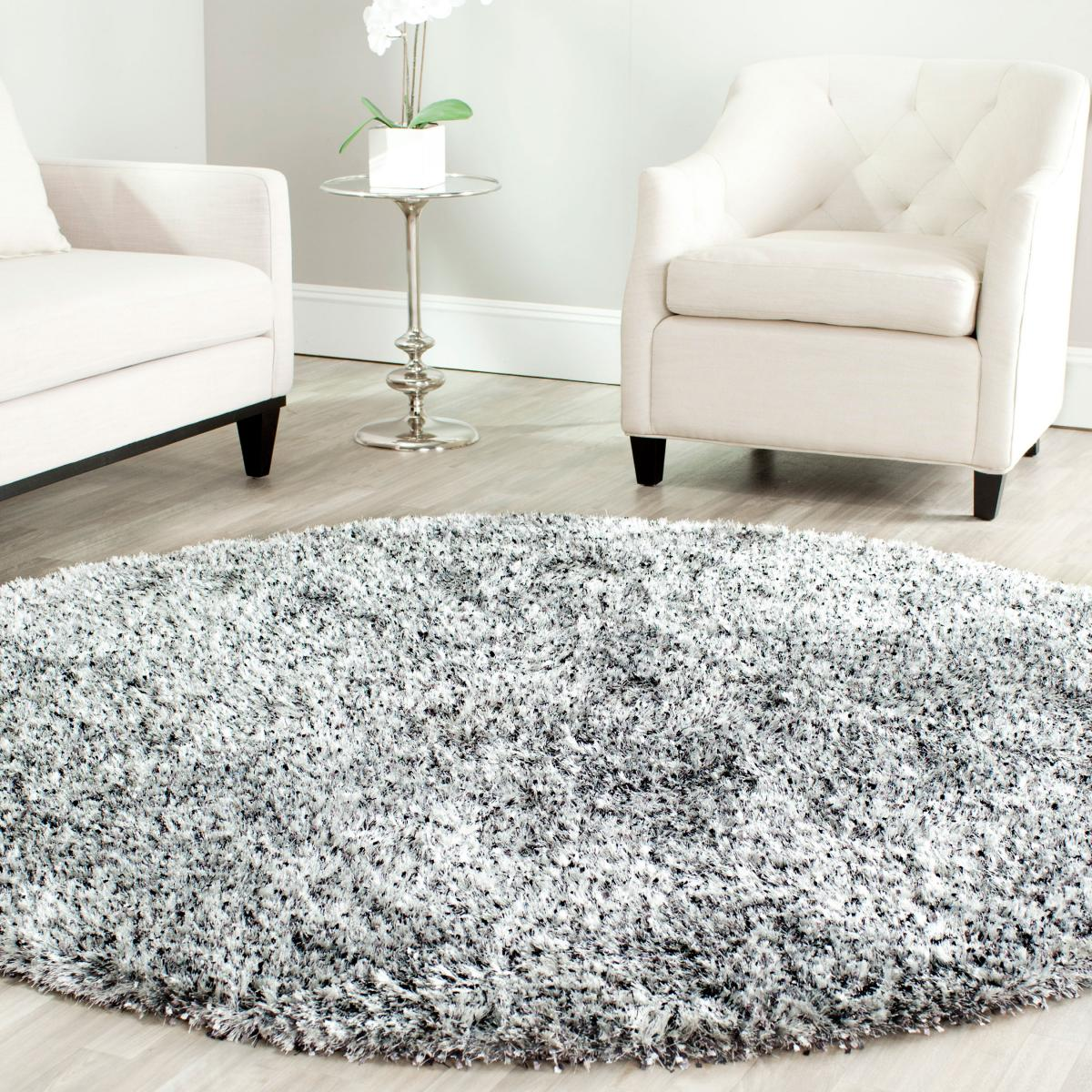 Shag Rugs Make A Comeback